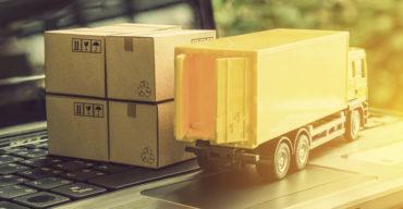 O que é carga fracionada com caminhão e encomendas